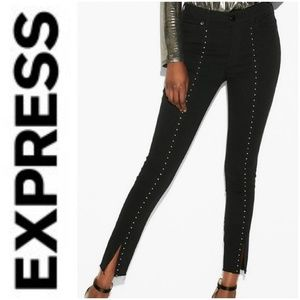 🚨NEW LIST! Express Black Stud Ankle Legging Pants